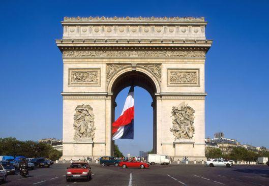 Champs Elysees und Triumphbogen, Paris, Ile de France, Frankreich